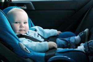 grand départ de bébé en voiture