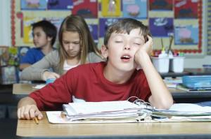 Le-manque-de-sommeil-favorise-les-troubles-du-comportement-chez-l-enfant